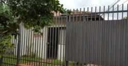 CASA EN VENTA PARA REFACCIONAR O CONSTRUCCION DE EDIFICIO DE DPTOS